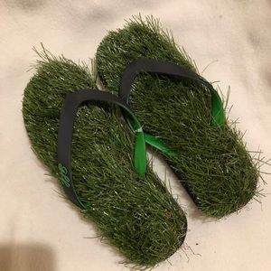 28a2b75e3 gff Shoes - GFF grass flip flops 🌷